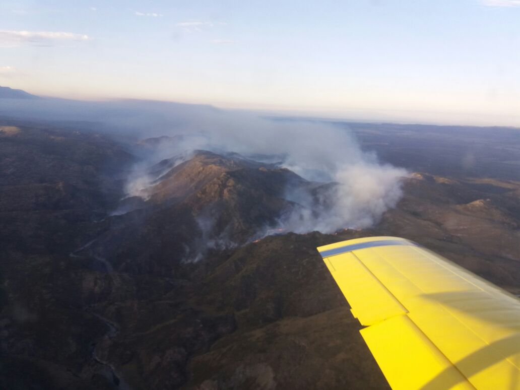Incendio Fuera De Control En Cercan As De Mina Clavero