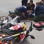 Motociclista resultó herido tras chocar contra una camioneta