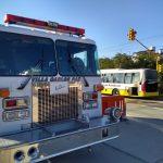 Bomberos sofocaron el incendio de un colectivo